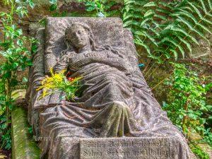 Das Kindergrab der Caroline Walter