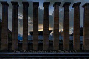Säulen für Germania