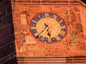 Die schiefe Uhr von Lisa